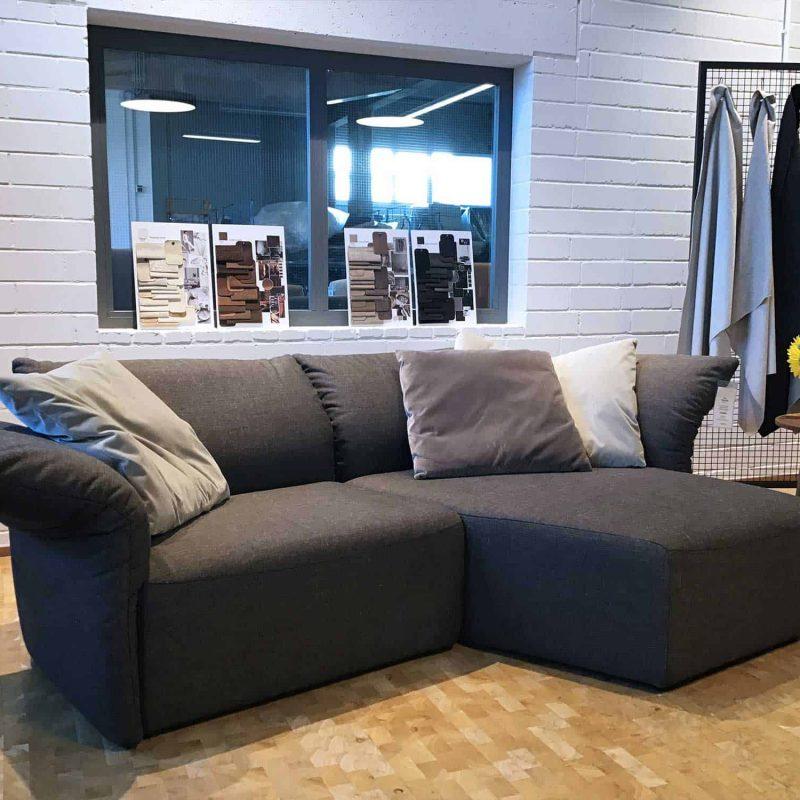 farbwelt-braun-sofa-1